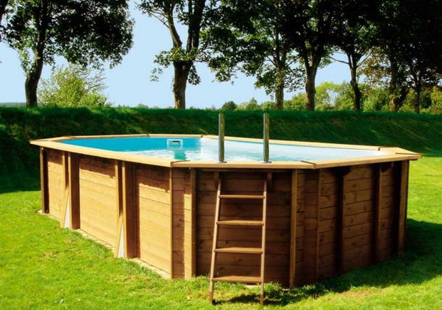 Les points forts d 39 une piscine hors sol en bois for Installation piscine enterree