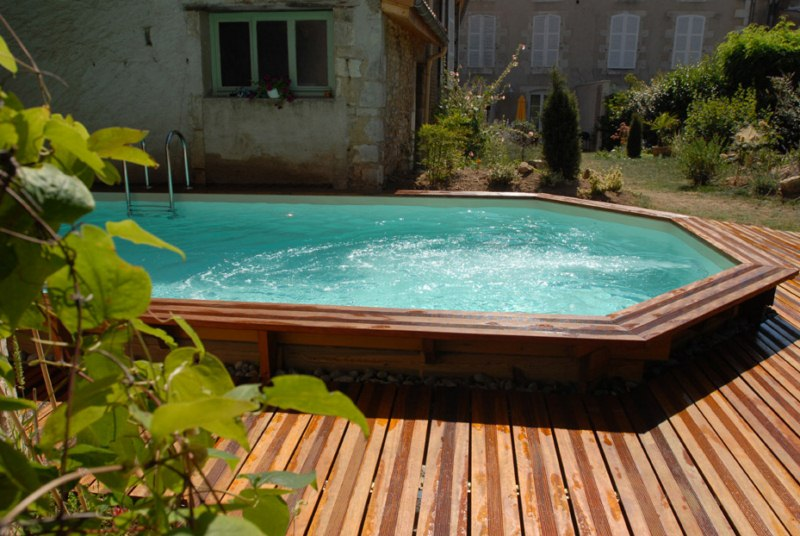 Piscine semi enterree bois for Installation piscine bois