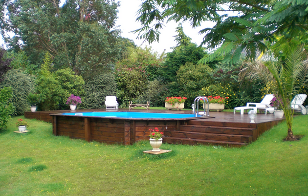 Prix piscine bois enterree 28 images piscine en bois for Piscine hexagonale semi enterree
