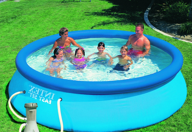 Les points forts d 39 une piscine auto portante for Piscine portante