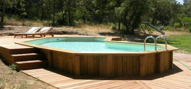 Piscine hors sol en bois les points faibles for Piscine semi enterree 6x4
