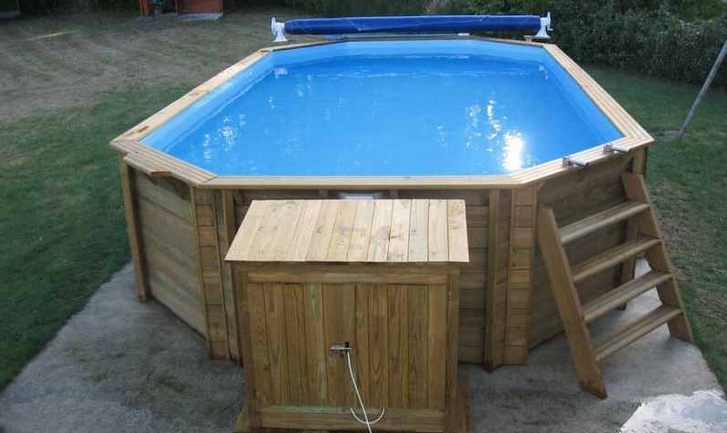 Destockage piscine bois hors sol for Piscine kit beton hors sol