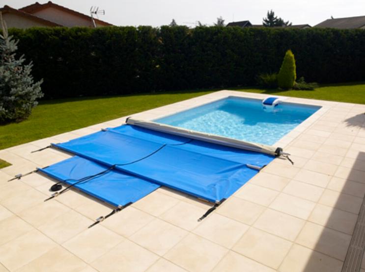 D couvrez en photo les piscines desjoyaux for Piscine hors sol petite taille