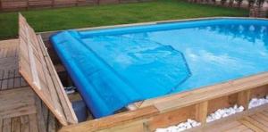 piscine enbois avec bache