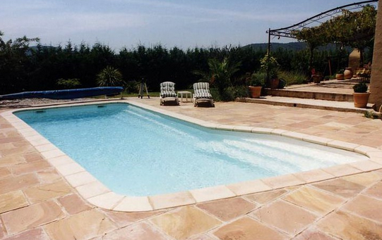 piscine carreaux polyester