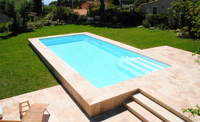 coque piscine a enterrer