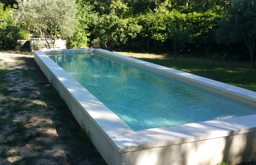 Piscine semi enterre desjoyaux devis piscine with piscine for Piscine semi enterree desjoyaux