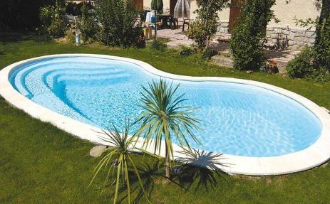piscine en polyester