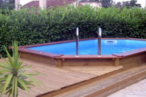 Piscine semi creuse ovale semi in ground oval with for Auchan piscine tubulaire