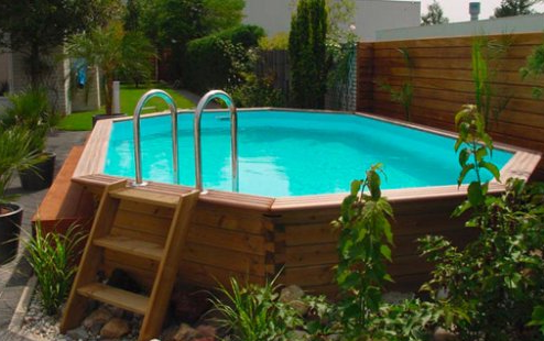 Piscine hors sol en bois mon comparatif for Destockage piscine coque