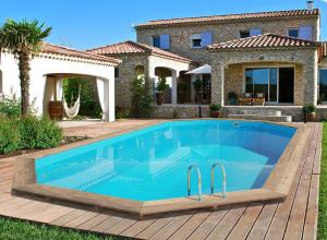 piscine pierre et bois