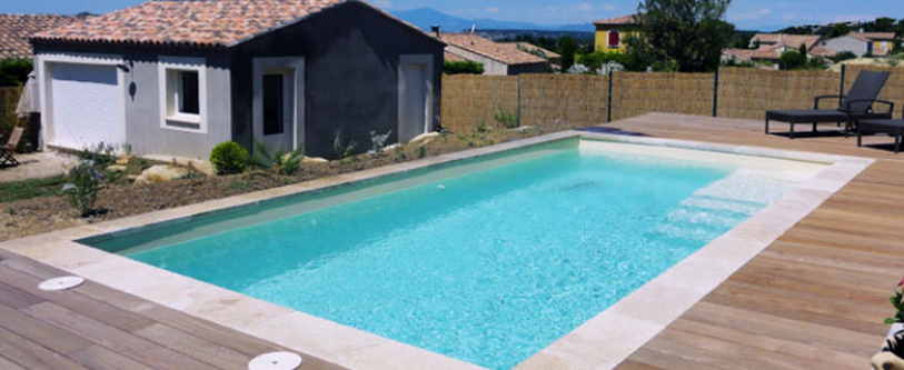 piscine rectangle polyester