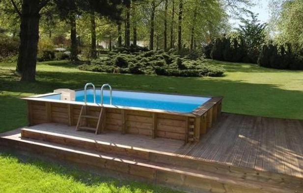 Destockage piscine bois hors sol for Piscine hors sol beton a debordement