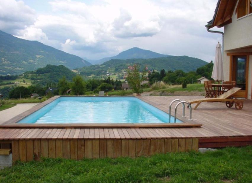 Les piscines en bois en photo for Une piscine en bois